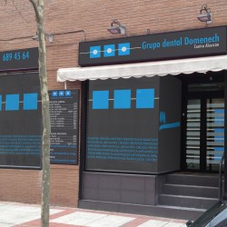 Diseño local/oficina de Grupo Dental Domenech en Madrid