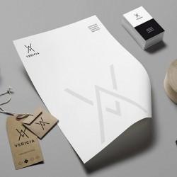 Diseño de papelería, sobres, etiquetas, tarjetas de visita, cuño para Vericia en Madrid